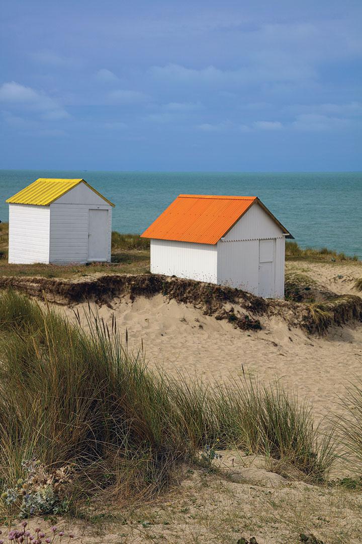 Cabanes de Gouville sur mer